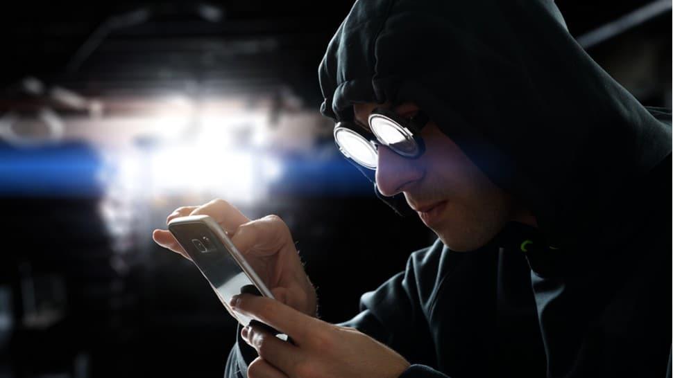 VPN stops hackers from snooping around your online data